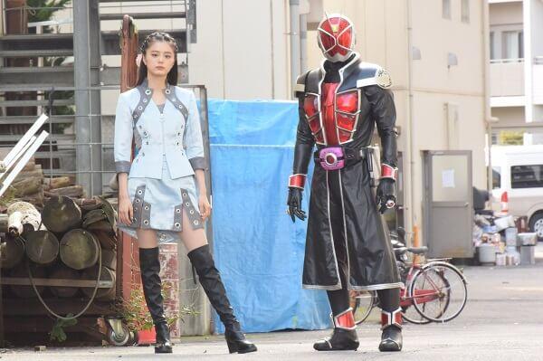 EP16仮面ライダーディケイド(ウィザードフォーム)とオーラ