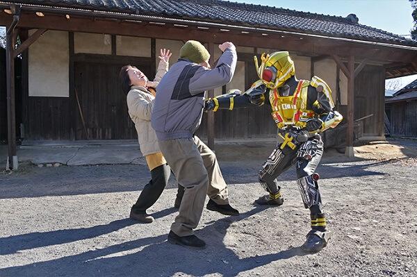 仮面ライダージオウ EP23:おじさんおばさんと戦う仮面ライダーキカイ