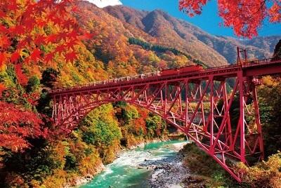 黒部峡谷鉄道:秋
