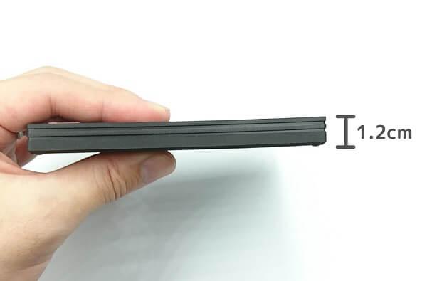 BUFFALO SSD-PG480U3-B/NLの厚さ