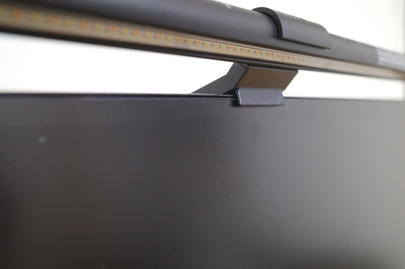 BenQ「WiT ScreenBar」LEDライト