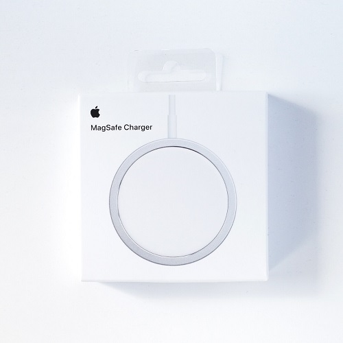 MagSafe Chargerパッケージ