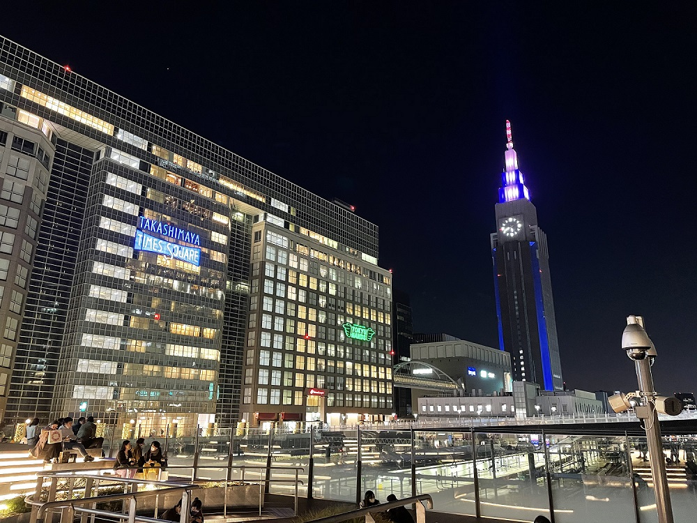 iPhone 12miniで撮った新宿の夜景