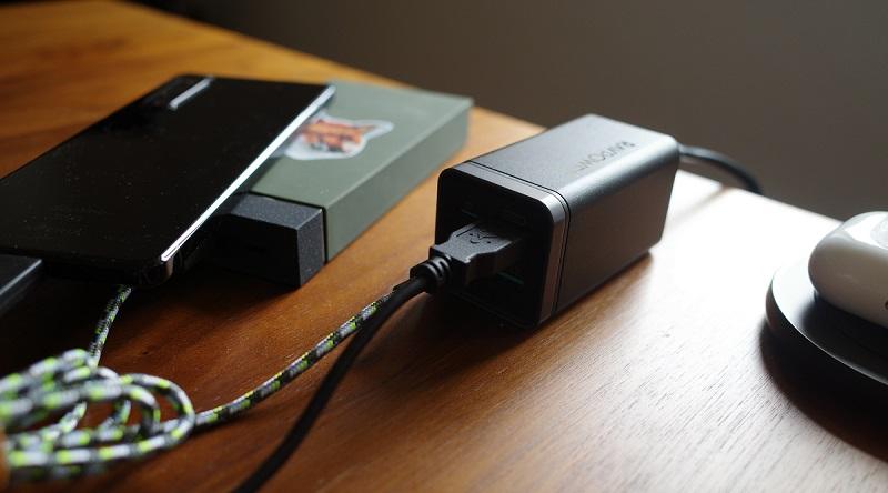 RAVPower「RP-PC136」の使用例