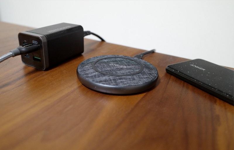 Anker PowerWave Sense Pad Alloy設置イメージ
