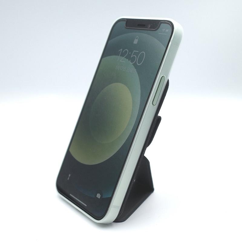 MagSafe対応MOFT XでiPhone12miniを縦置き(前面)