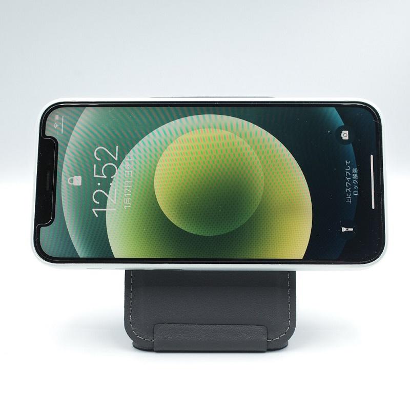 MagSafe対応MOFT Xを縦にしてiPhone12miniを横向きに(表面)