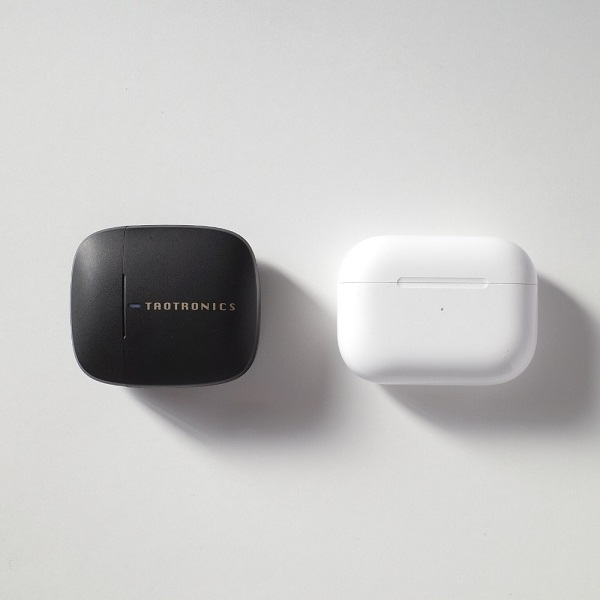 TaoTronics SoundLiberty92とAirPods Proの比較