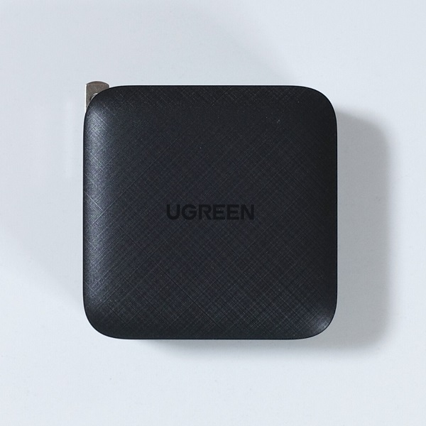 UGREEN 65W 4 Port 3C1A PD GaN Charger正面