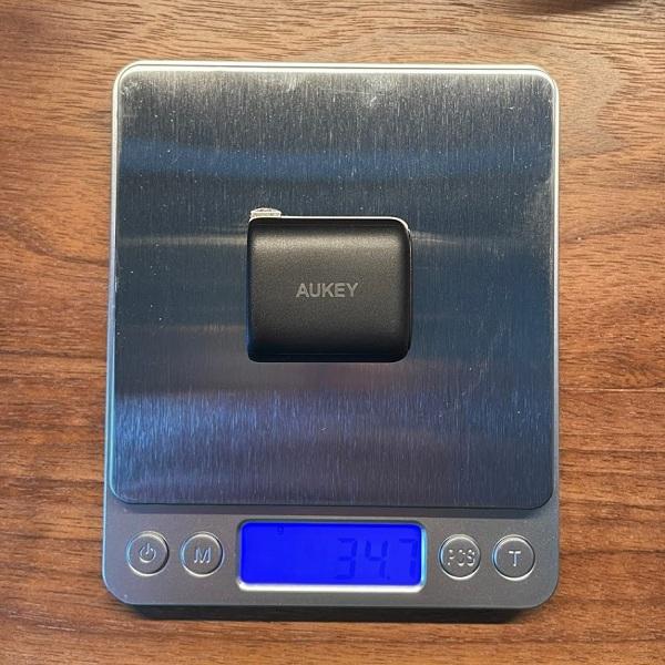 AUKEY Omnia Mini 20W IIの重さ