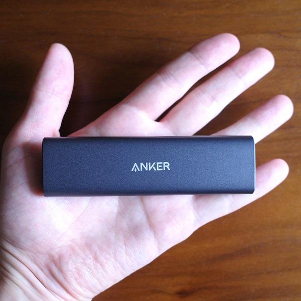 Anker PowerExpand M.2 SSD ケースの大きさ