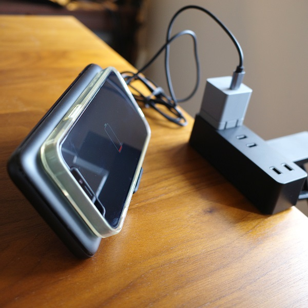 AUKEY Basix Pro(PB-WL02S)でパススルー充電