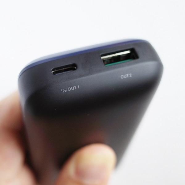 UGREEN 20W 10000mAhモバイルバッテリーのUSBポート