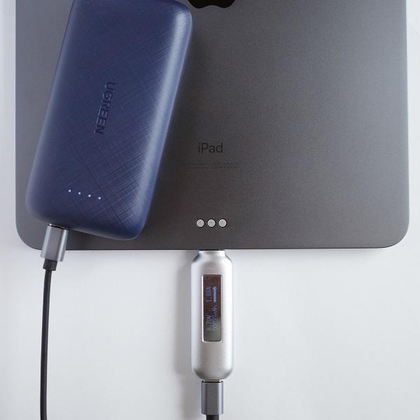 UGREEN 20W 10000mAhモバイルバッテリーUSB-CポートでiPad Pro 11インチを充電
